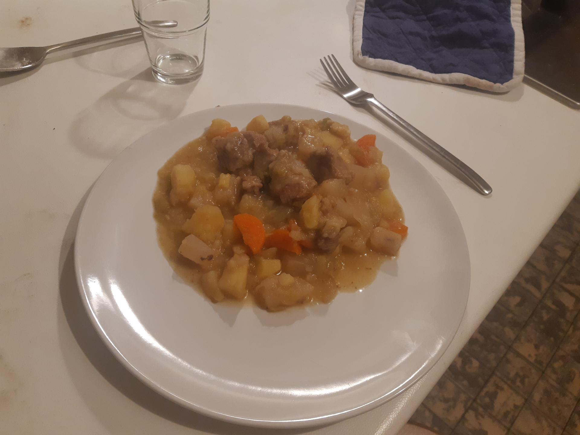 Ragout/Pot au feu boeuf  aux légumes (sans chamignons)
